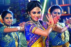 MARATHI ACTORS TO PERFORM LAVANI FOR INDIAN SOLDIERS AT LOC