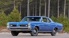 1966 Pontiac GTO, 389 3x2bbl/4speed/Safe-T-Track Axle w/Ride & Handling package