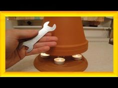 Lifehack: Tischheizung zum Selbermachen Burn your own candle with tealight stove to save costs and e Diy Flowers, Flower Pots, Candle Heater, Diy Heater, Candle Power, Garden Tool Storage, Diy Candles, Clay Pots, Tea Lights
