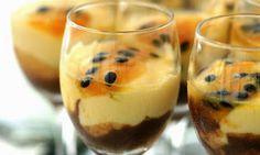 Receita de Mousse de Maracujá com Chocolate na Taça - Hora do Almoço