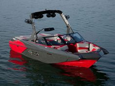 Axis compact wakeboarding boats