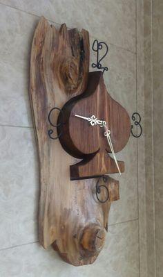Авторские часы из дерева. Мастер Михаил Федосов. 8(929)625-50-62