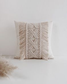 OTHER NICE THINGS on And my new love I want so much to show you all the new products in my Etsy shop: bag, pillow, plant hanging and big wall hanging but Macrame Design, Macrame Art, Macrame Projects, Macrame Knots, Boho Pillows, Diy Pillows, Decorative Pillows, Deco Boheme, Pillow Tutorial