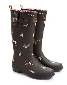 Joules WELLY PRINT Womens Rain Boot, Brwndog. From festivals to farmyards and sea fronts to streams, our new printed wellies can be seen making a splash all across the land. Which pair will you pick?