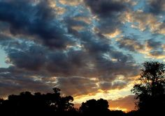 Crepuscular ray during sunset, Warwick, Queensland  Submitted by: @redwest802  12/09/2012