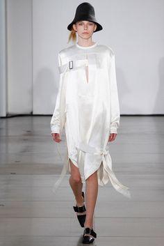 2016春夏プレタポルテコレクション - ジル・サンダー(JIL SANDER)ランウェイ|コレクション(ファッションショー)|VOGUE