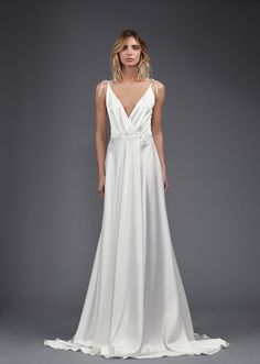 """is this not the most perfect wedding dress for your beach """"i dos"""" Gotta love Victoria KyriaKides"""