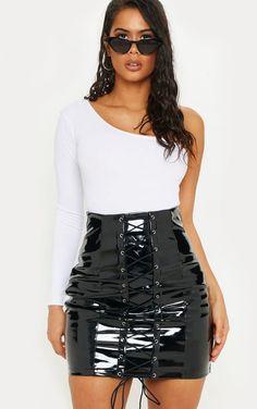 Black Vinyl Lace Up Mini Skirt - Lederbekleidung - Mode Latex Mini Skirt, Vinyl Mini Skirt, Cute Skirts, Mini Skirts, Women's Skirts, Body String, Pvc Skirt, Vinyl Skirting, Clear Strap Heels