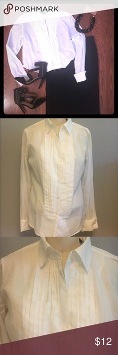 White tuxedo Blouse size M Chic and Classic white blouse by New York & Company size M.  100% Cotton. Can be dressed up or down. New York & Company Tops Blouses