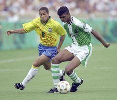 Kanu vs Roberto Carlos, 1996.