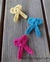 Ravelry: One Round Bows pattern by Fiber Flux / Jennifer Dickerson