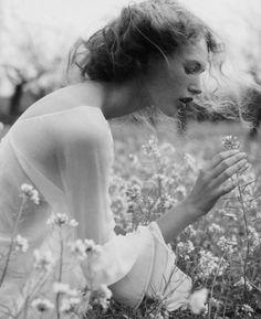 Naturalny wygląd, łąka, kwiaty... Romantycznie.