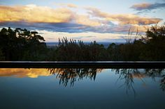 Watching the sunset from the pool at Sangoma Retreat in the #BlueMountains, #NSW in #australia - www.viewretreats.com