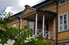 Museums :: Museums in Porvoo :: Traveller's Porvoo  Poet Runeberg lived in Porvoo, which also features lots of cool architecture.