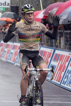 b0c702a3e Cadel Evans Stage 7 of the 2010 Giro d Italia Cycling Weekly