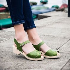 Sun's out; clogs out. Two of our favourite peep toes are now on a low heel - Apple green (pictured) and yellow! Just in time for summer picnic days. . Check today's lookbook on our website for ways to wear our new low heels @teosnaps . low peep in Apple green . #lottafromstockholm #clogs #lovemylottas #richmond