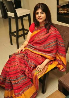 A Dhanekali weave Bengal cotton saree. It is a Byloom Saree. I love their light weave departing from conventional Bengali heavy cotton Saree.Description by Pinner Mahua Roy Chowdhury