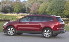 Chevrolet Traverse: Top 5 MPG SUVs with 3rd Row Seat http://blog.iseecars.com/2010/03/30/top-5-mpg-suvs-with-3rd-row-seat/