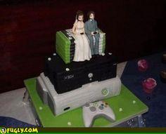 Nerd wedding cake.....hahahahaha no scary