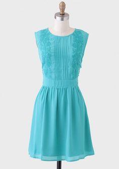 Royal Gardens Embroidered Dress | Modern Vintage Dresses | Modern Vintage Clothing