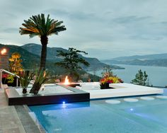 Wow. Does it get any better? Shallow 'beach' pool area, swim-up bar, fire pit, and oh yeah, a killer view...