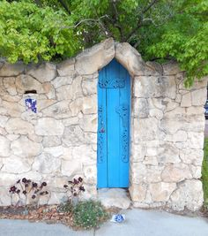 A Sunday in South Fremantle always find something interesting. The Blue Door to a & The Blue Door South Fremantle. | Doors Windows and More ...