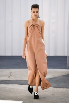 Mark Kenly Domino Tan   Ready-to-Wear Spring 2017   Look 14