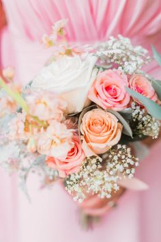 Pink & Peach Bouquet with Baby's Breath A Dreamy Outdoor Wedding Filled With Pastel Colors Photographer: Jessica Roberts Photography