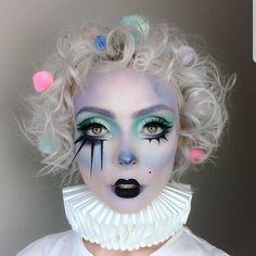 Pastel clown bringing it in our Mochi and Tako eyeshadows! Pastel clown Molly Bridges bringing it in our Mochi and Tako eyeshadows! Clown Makeup, Fx Makeup, Costume Makeup, Makeup Inspo, Makeup Inspiration, Makeup Tips, Halloween Face Makeup, Makeup Style, Clown Hair