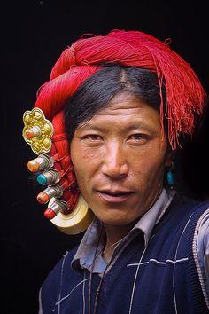 Khampa nomad, Sichuan, China