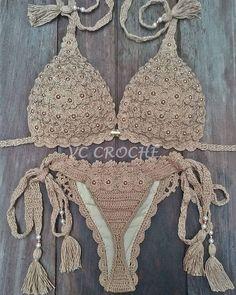 Seu biquíni vai arrasar com esse fio dental😲 Crochet Chart, Crochet Top, Crochet Patterns, Crochet Lingerie, Crochet Baby Sweaters, Hippie Crochet, Crochet Bikini Pattern, Bridal Mehndi Designs, Learn To Crochet