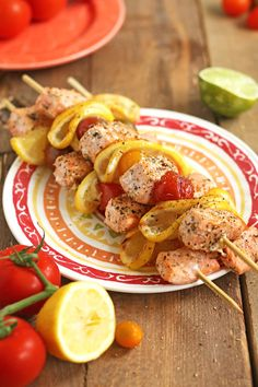 Lemony pepper grilled salmon kebabs with cherry tomatoes, lemon slices and simple seasoning for a flavourful grilled summer entree. Lemon Pepper Marinade, Lemon Pepper Salmon, Lemon Pepper Seasoning, Summer Entrees, Easy Summer Meals, Kebabs On The Grill, College Meals, Dinner Recipes, Yummy Recipes