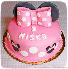Minnie cake Cake Cookies, Cupcake Cakes, Cupcakes, Minnie Cake, Cookie Desserts, Birthday Cake, Sweet, Cupcake, Birthday Cakes