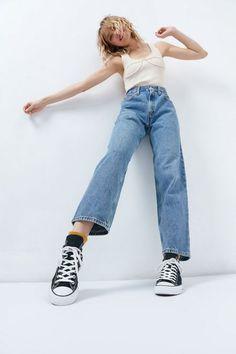 Urban Renewal Vintage Levi's 550 Jean Levis 550 Jeans, Jeans Levi's, Torn Jeans, Outfit Jeans, Casual Jeans, Skinny Jeans, Jean Vintage, Vintage Jeans, Vintage Mom