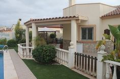 Top spec Lakes Vega villa  3 bed 2 bath villa with roof solarium and swimming pool in much sought after location within easy walking distance of Arboleas village. Being sold at knock down price 149,000 euros