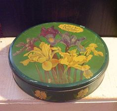 Vintage Tin Box Nellie Price Candy Pittsburgh 1940s Green Flowers Heekin Can Co