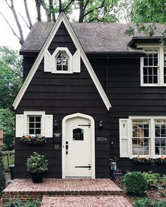 Rustic Cottage House Exterior Design Ideas To Copy 21 Style At Home, Future House, Tudor Cottage, Rustic Cottage, Cottage House, Cottage Style Homes, White Cottage, House Goals, Home Fashion