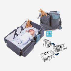 Babykofferten er en perfekt koffert med alt du trenger for å reise med babyen din. Denne kofferten kan raskt forvandles til en babyseng elle...