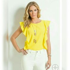 Summer Outfits, Casual Outfits, Fashion Outfits, Blouse Styles, Blouse Designs, Blouse Jaune, Trendy Fashion, Womens Fashion, Yellow Fashion