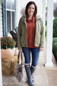 Fashion Over 40: Styling Hunter Rain Boots for Fall. I love my Hunter rainboots. I'd been wanting rain boots for years when I bought these. I ordered a few different brands so I could review them in a blog post, and I decided that Hunters are classics for a reason. These boots are incredibly comfortable.