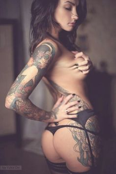 Sexy girls with tattoos Tattoo Girls, Girl Tattoos, Tattoos For Women, Tattooed Women, Hot Tattoos, Body Art Tattoos, Asian Tattoos, Angelica Anderson, 4 Tattoo