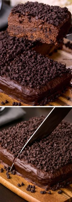 Crazy Ingredient Chocolate Cake - How to make a secretly healthy chocolate cake recipe from scratch Vegan Chocolate, Chocolate Desserts, Famous Chocolate, Desserts Diy, Chocolate Chips, Decadent Chocolate Cake, Chocolate Covered, Healthy Cake, Healthy Sweets