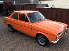 1971 Ford Escort fitted with 1300 crossflow. Escort Mk1, Ford Escort, Vintage Fashion, Vintage Style, Cool Cars, Dream Cars, Classic Cars, Automobile, British Car