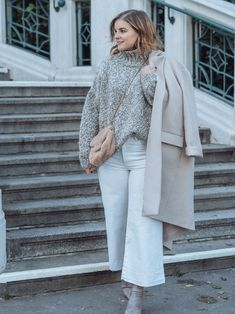 Winter Whites - so trägst Du Weiß im Winter - Winter Outfits, Basic Outfits, Different Styles, Duster Coat, Street Style, Fashion Outfits, Chic, Jackets, Winter White