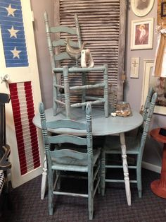 Shabby chic chalk painted dropped leaf table with 3 chair