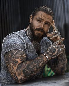 Sexy Tattooed Men, Bearded Tattooed Men, Hot Bearded Men, Inked Men, Beard Styles For Men, Hair And Beard Styles, Hot Guys Tattoos, Men Tattoos, Tatoos