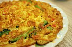 dukan-diaita-omeleta-laxanikon Appetizer Recipes, Dinner Recipes, Appetizers, Healthy Drinks, Healthy Recipes, Crock Pot Food, Indonesian Food, Indonesian Recipes, Dukan Diet