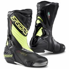 TCX S-R1 Motorcycle Boots  Description: The TCX S-R1 Motorbike Boots have a range of innovative       features making it a unique boot:              SPECIFICATION                      UPPER: light micro fibre, breathable and high wear resistant;         micro injected inserts, wider padded front and rear area for a better...  http://bikesdirect.org.uk/tcx-s-r1-motorcycle-boots-18/