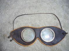Early Pair Vintage Motorcycle Racing Automobile Aviator Flight Goggles EYE Wear