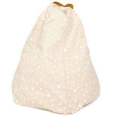 Sand white stars design bean bag Marrakech Perfect for decorate your room. Confortable and colored will adapt at each decoration into a cozy environment. Bring it everywhere beach, park etc… Designed and made in Spain.